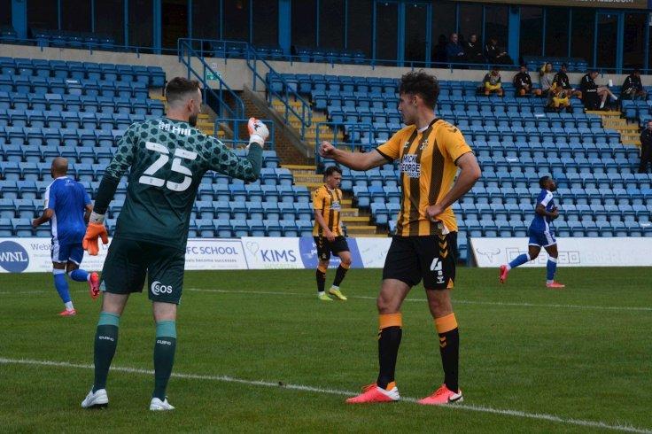 Digby Burton punch Gills PSF